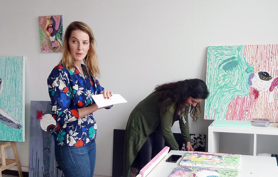 VortragWORKING WITH ARTISTS, FROM SPACE TO PAGE von Louisa Elderton