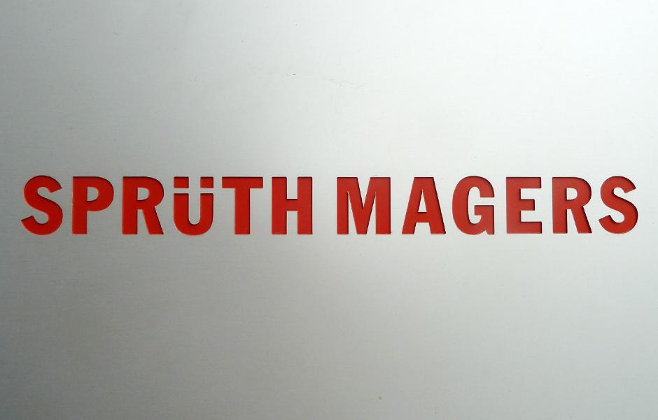 Besuch PAMELA ROSENKRANZ, LUCY DODD & OTTO PIENE in der Galerie Sprüth Magers