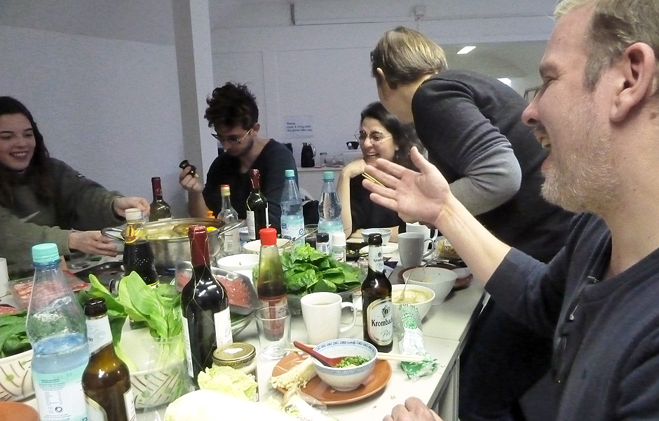 Seminar EAT ART – DON'T PLAY AROUND WITH FOOD! by Frederik Foert