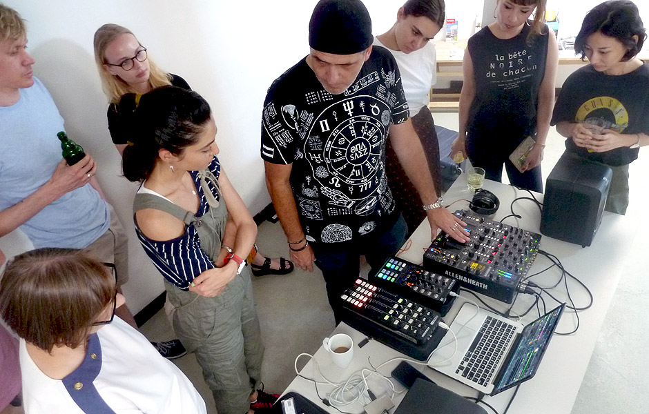 Lecture ELECTRONIC MUSIC by Xavi Kras