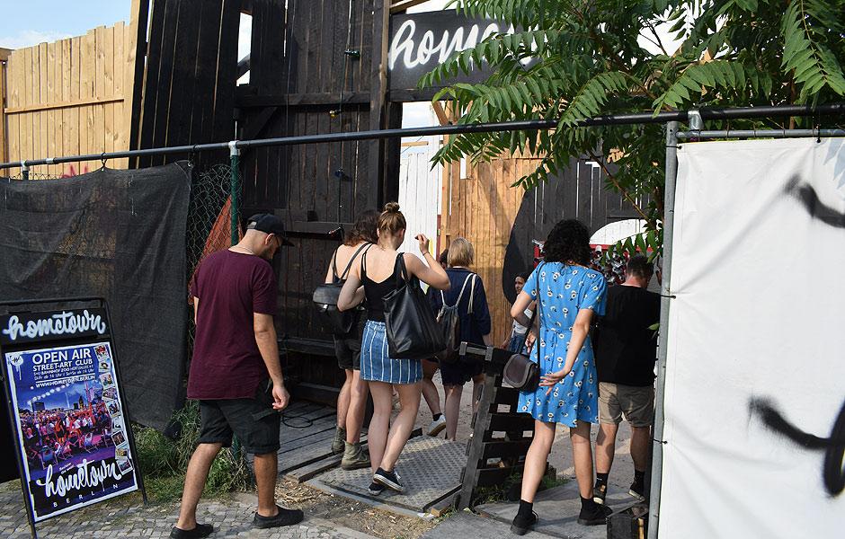 Besuch HOMETOWN.BERLIN von Wandelism