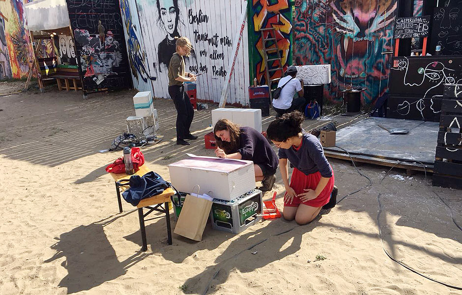 BAI participants producing an art piece for Monumenta Leipzig by Wandelism