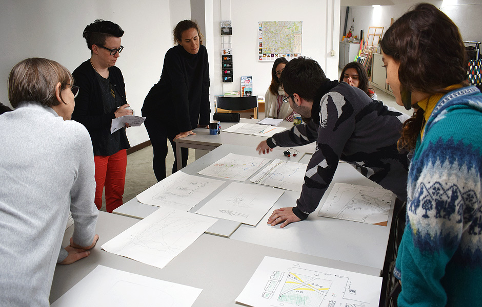 Seminar MAKING DIFFERENT REALITIES VISIBLE: ANTONPLATZ by Larissa Fassler