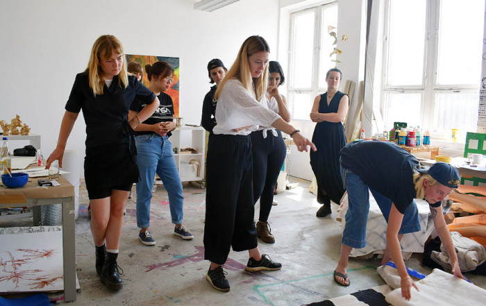 Lecture NEW COMMISSIONS IN CURATORIAL AND ARTISTIC PRACTICES by Maria Isserlis