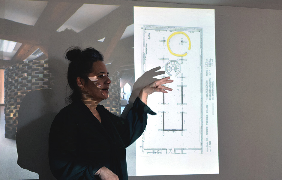Lecture HOW CONTEMPORARY ART CHANGES THE SPACE PERCEPTION by Patricia Lambertus