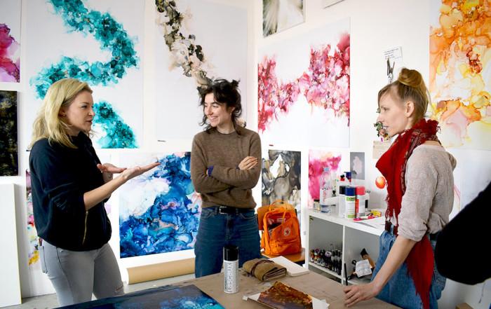 Wie reden wir über Kunst? Eine Kritik des Critseminars von Dagmara Genda